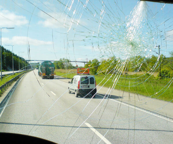 The Top 4 Causes of Auto Glass Damage
