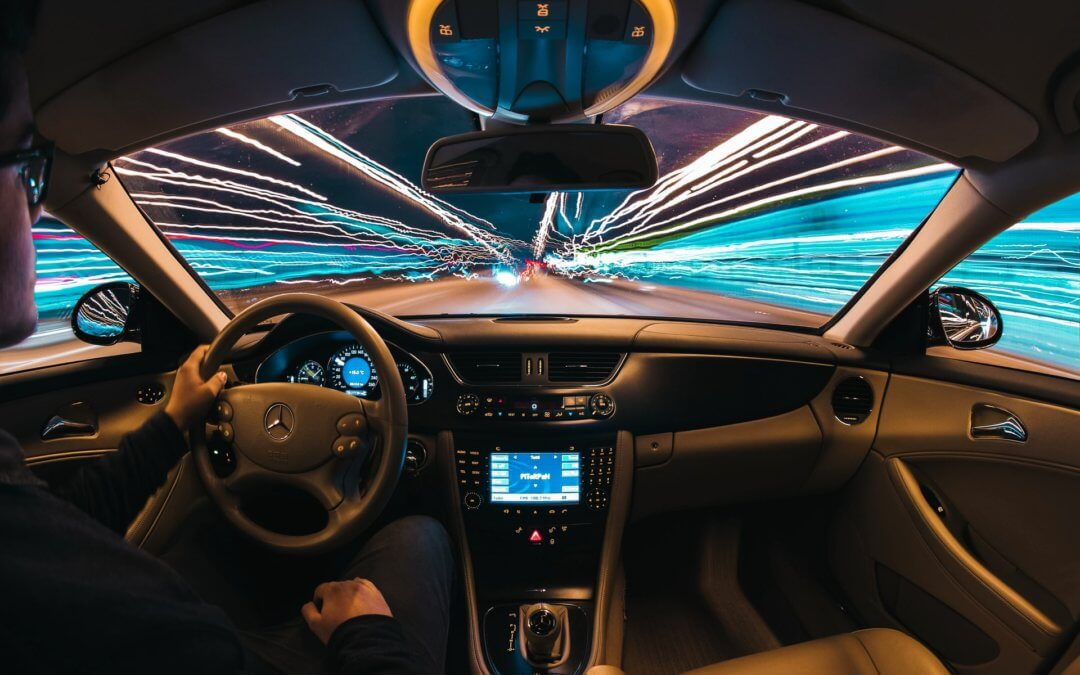 What To Do If Your Car Windshield Breaks While Driving